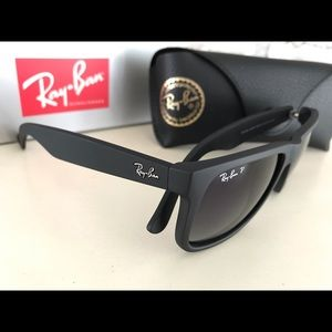Ray-Ban NWT Polarized Justin Matte Black/Gradient